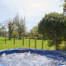 Hot Tub, Pool and Gardens